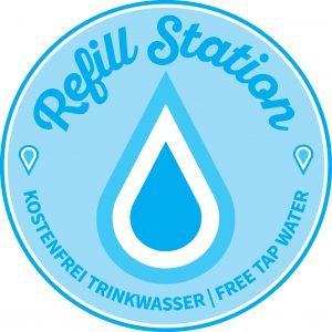 Logo Refill-Station, auch im Schaufenster im Vringstreff zu sehen