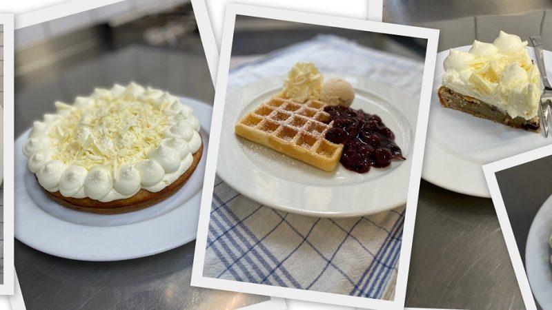 Waffeln und Kuchen im Café des Vringstreffs